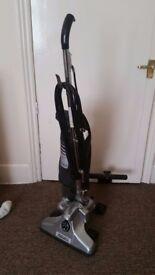 Von schrader/Royale vacuum cleaner