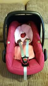 Maxi Cosi Pebble Car Seat - Good Clean Condition - Fuchsia/Pink