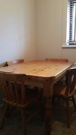 SOLID PINE RECTANGLE FARMHOUSE TABLE & CHAIRS.