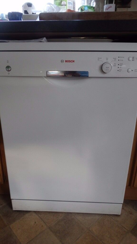 BOSCH DISHWASHER FULL SIZE LESS THAN 2 YRS OLD MINT CONDITION