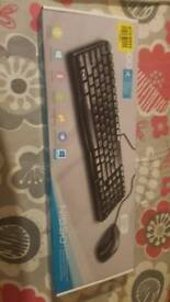 2 weeks old Keyboard and mouse great condition