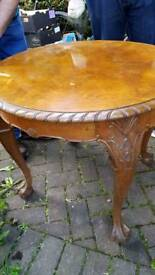 Round table antique