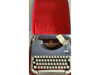 Vintage 60's Japy Script Carrier Typewriter with Key French Made