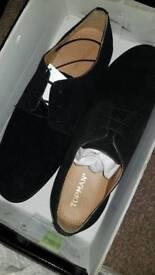 Top man velvet shoes