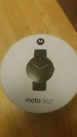 MOTO 360 Smart Watch with Leather Strap in box
