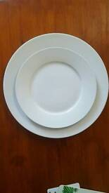Sainsbury dinner plate set