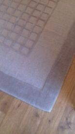 100% wool rug new
