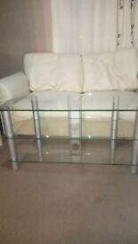 Glass unit and glass tv stand both in good condition