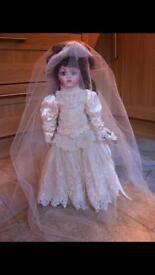 Limited Edition Heirloom FRANKLIN MINT Bride Doll