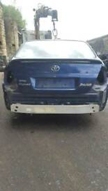 Toyota prius breaking for parts 01-05