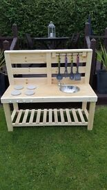 Childrens mud kitchens ( not pallet timber ) heavy duty