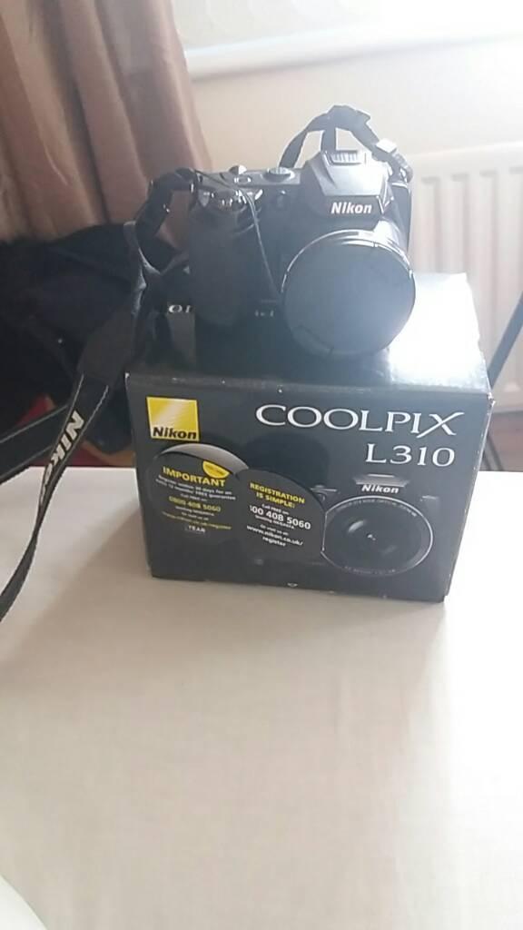 Nikon coolpix L310 Camera