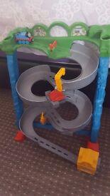 Thomas take n play tracks