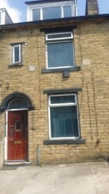 4 bed house for rent bd8