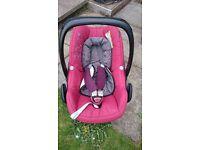 Maxi cosi Pebble Car seat with Maxi Cosi family fix iso fix base & car seat rain cover