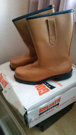 Goliath Rigger Boots / Safety Boots Size 7 New