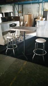 ABP EXPRESS - Table Bistro brune en bois massif Neuve - LIQUIDATION