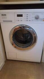 Miele W5902 Washing Machine. Excellent Condition