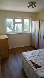 Newly refurbished fully furnished 1 Bed flat in Wanstead with parking