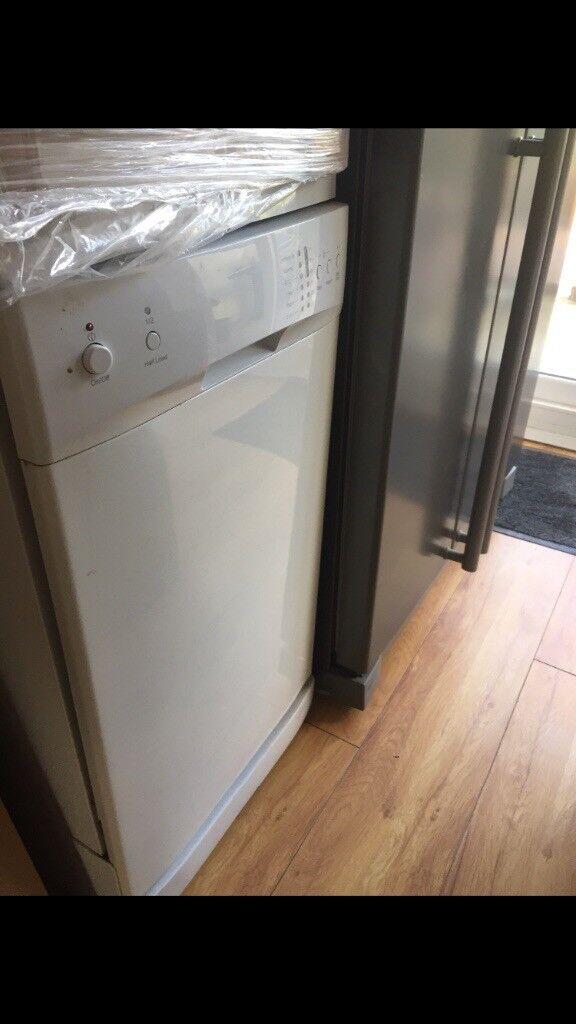 Slim line dish washer
