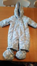 Baby snow suits × 3