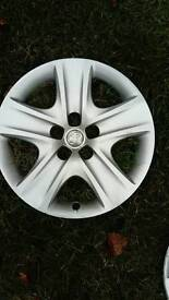 Vaux wheel trim single