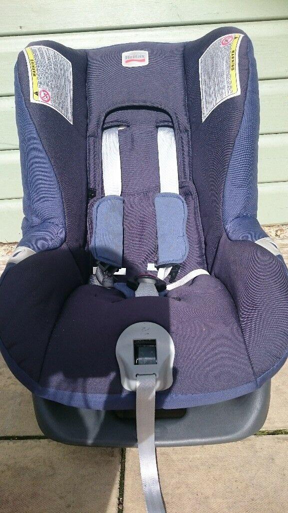 Blue 8-18kg car seat by Britax