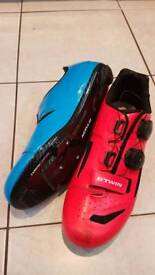 Carbon Cycling shoes size 43/8.5
