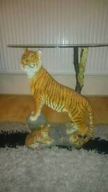 Tiger with cub glass table