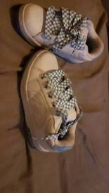 Heelys white with light blue size 3