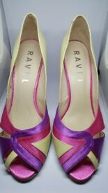 Elegant pair of heels - pink/cream Ravel