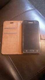 Samsung galaxy j5 16 mint condition with box