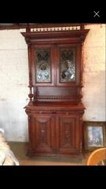 Beautiful 19th century Dutch buffet with stained glass panels