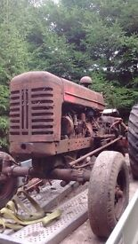 International b450 tractor, barn find