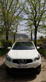 Nissan Qashqai Tekna 1.6 - 1 owner - perfec conditions. Leather seats, electric sunroof.