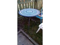 Tiled Blue and white heavy round table