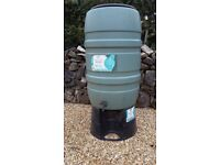 Garden / Allotment: Water Butt with Lid, Tap and Stand.