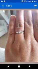 Platinum diamond ring .25 Caret