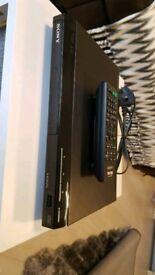 Sony dvd player.model dvp-sr760h with remote.