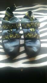 Scarpa veloce climbing shoes