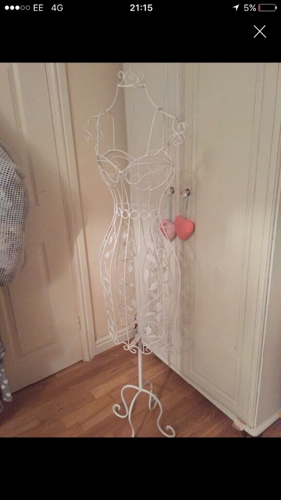 Vintage white metal mannequinin Dover, KentGumtree - Very pretty vintage white metal mannequin, perfect condition. £35 ir sensuble offers
