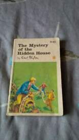 1966 mystery of hidden house book