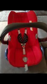 Maxi cosi infant car seat & isofix base