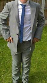 Boys suit age 10