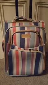 Small suitcase / hand luggage
