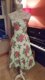 beautiful cocktail dress size 8/10
