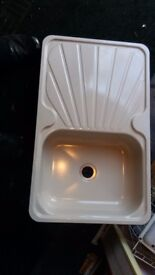 Enamel Cream Sink and drainer
