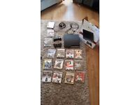Sony PS3 120gb & 15 games + 2 controllers, all wires and box.