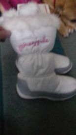 golddigga/pineapple boots