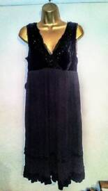 Christmas party dress black size 14 bnwt House of Fraser